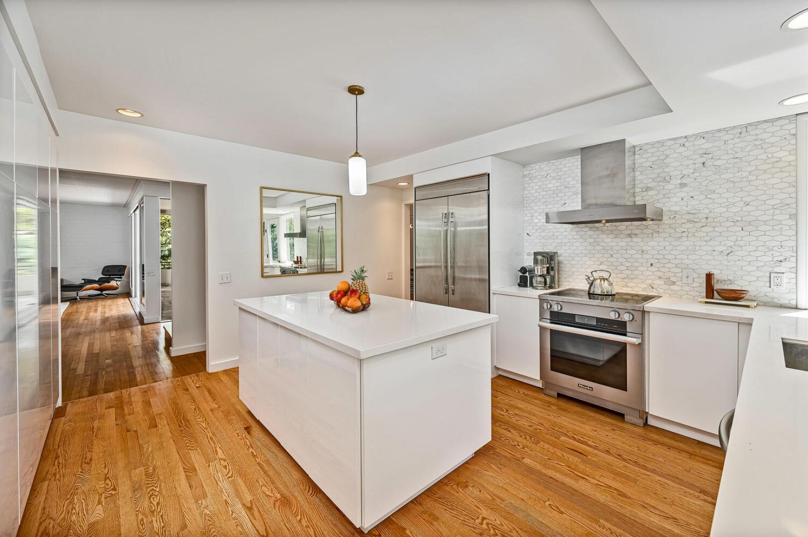 Kitchen , induction stovetop