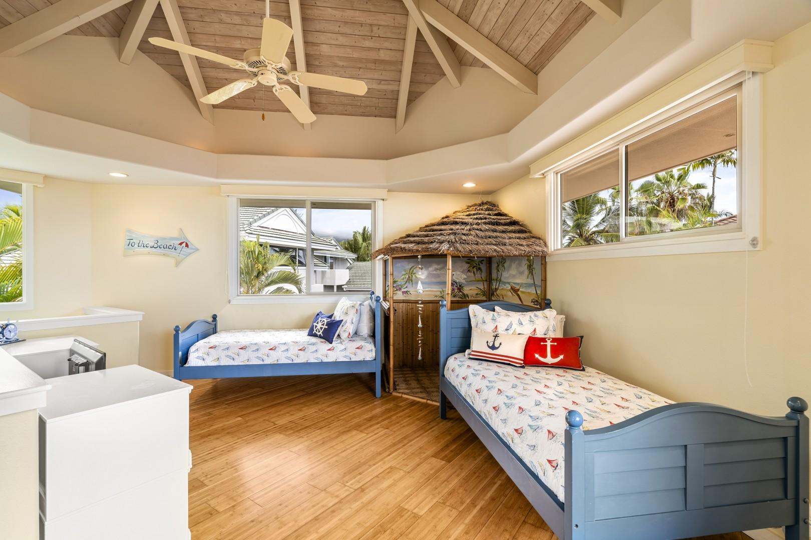 Upstairs kids room equipped with 2 Twin beds!