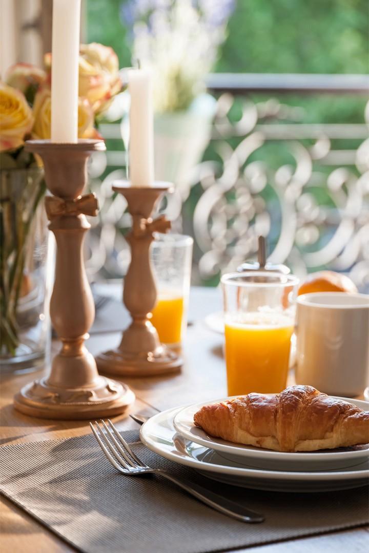 Yummm ... fresh croissants for breakfast!