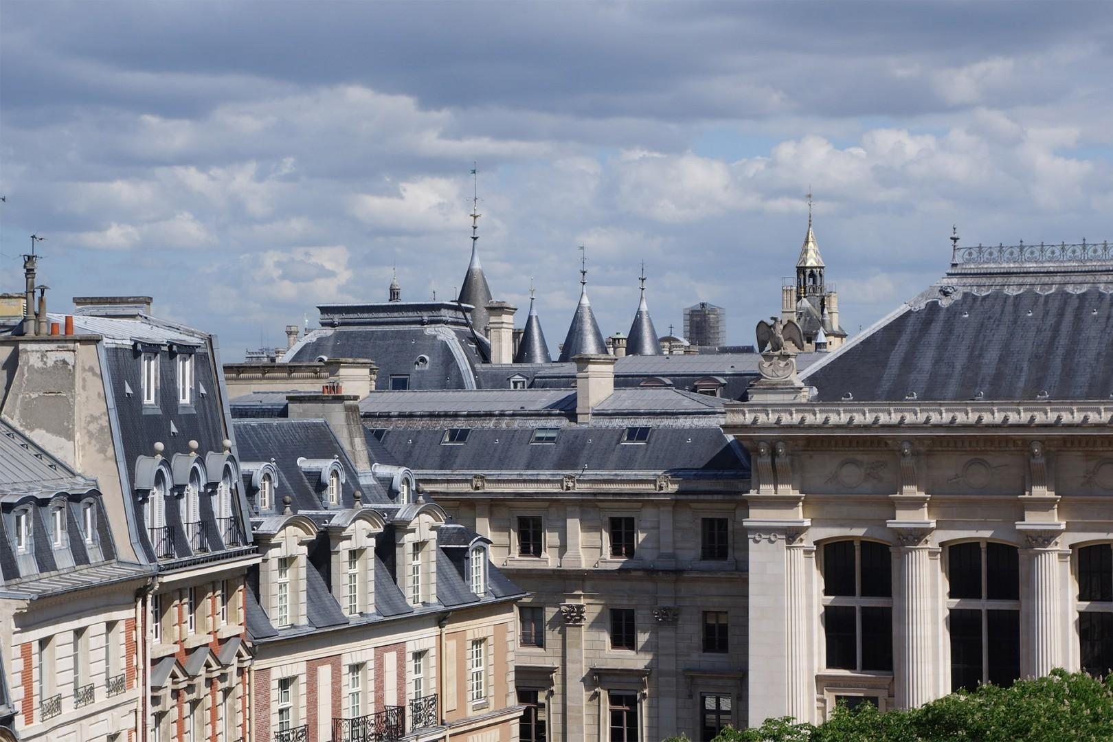 Romantic Paris views from the Monbazillac apartment