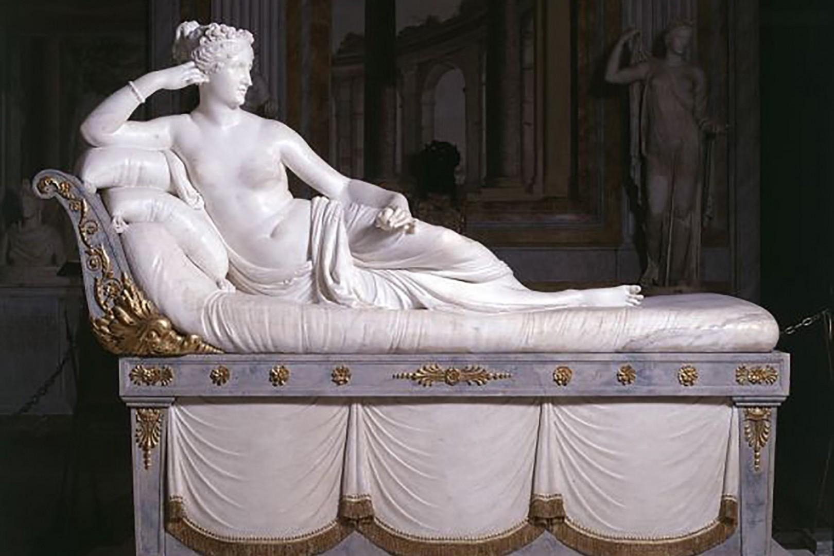 The namesake of this apartment, Paolina Borghese enternalised here by artist Antonio Canova in 1808.