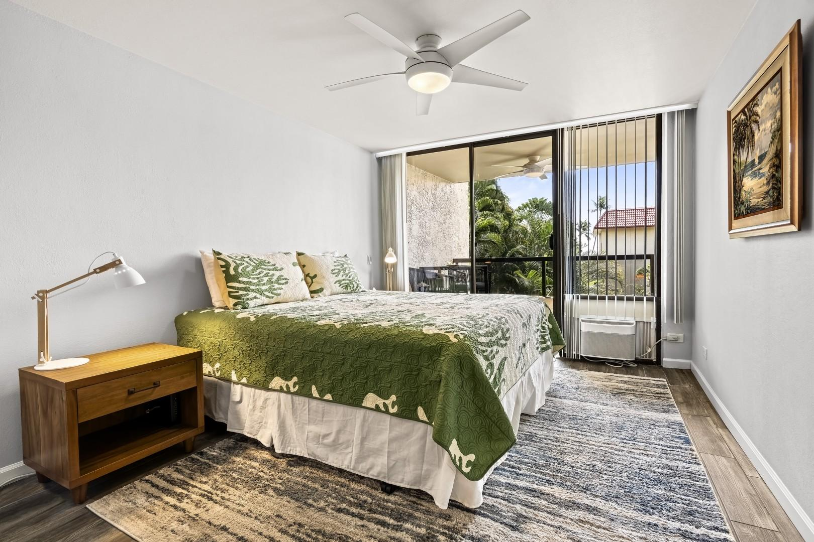 Bedroom features, King bed, A/C, Lanai access, and ensuite