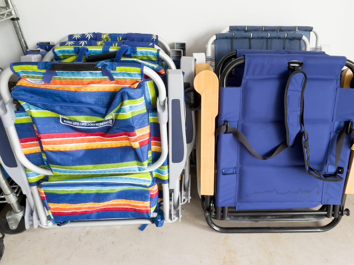 Backpack Style Beach Chairs w/Lunch Pocket