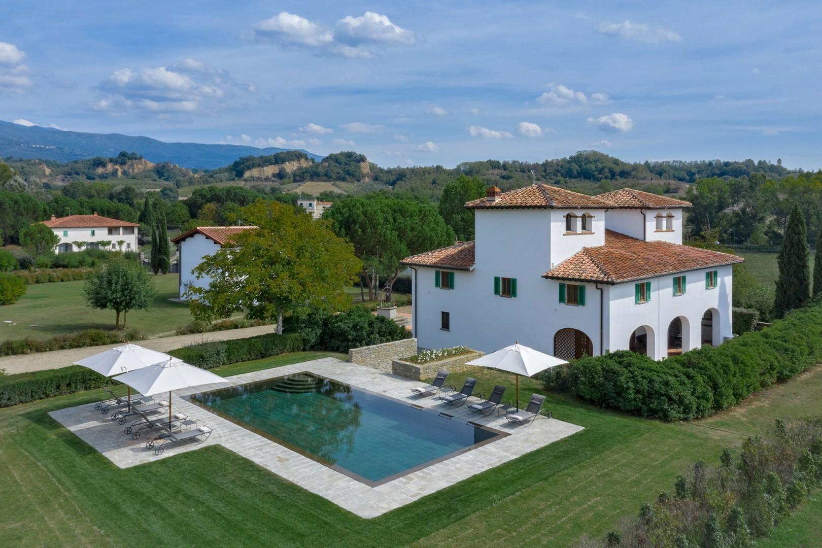 Tucano Villa is a classic Italian villa in the Tuscan countryside.