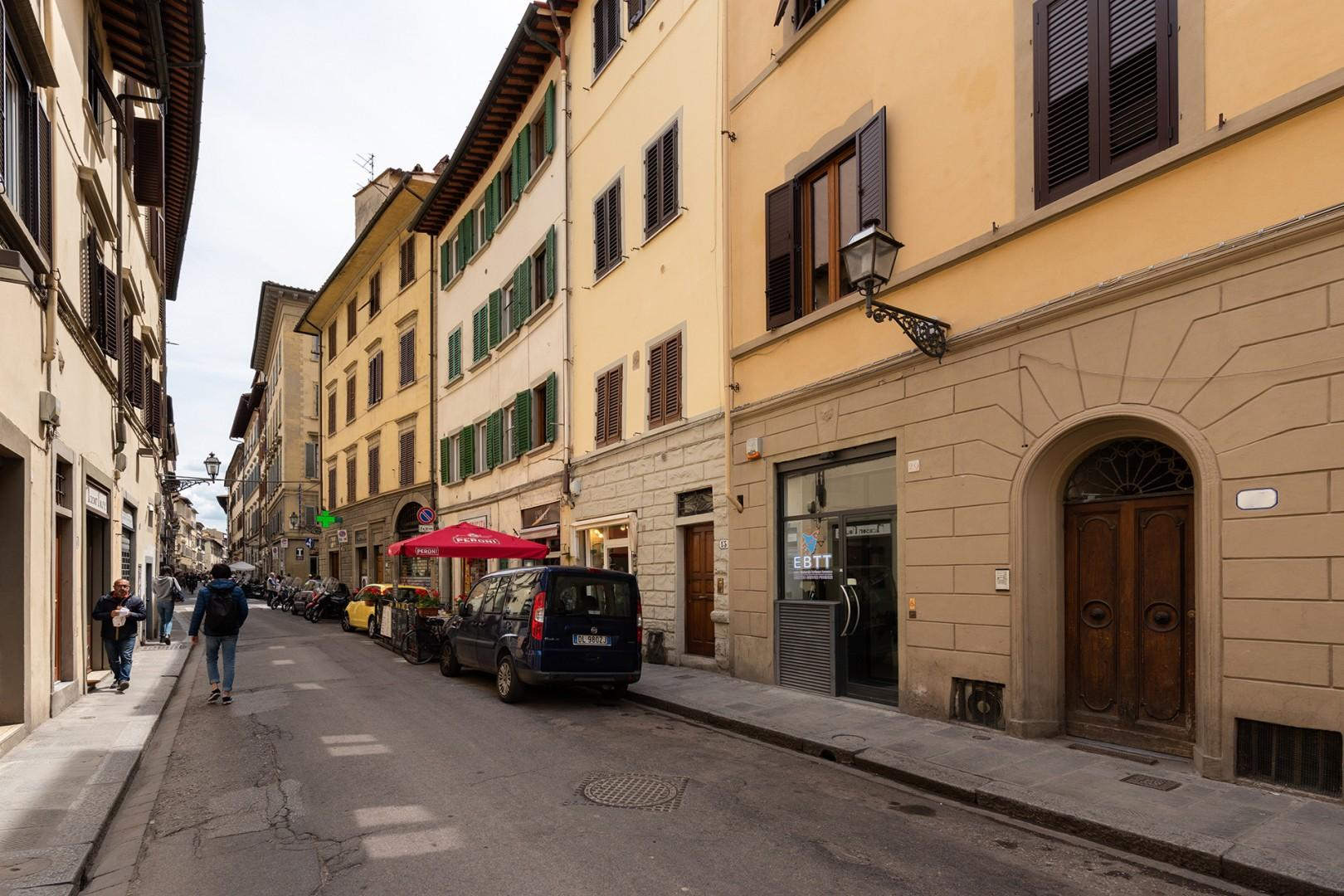 Street where Solare is located has a pizzeria, cafe and small supermarket within a block.
