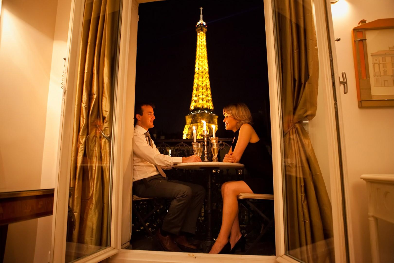 The private balcony is the perfect setting for romantic evenings.