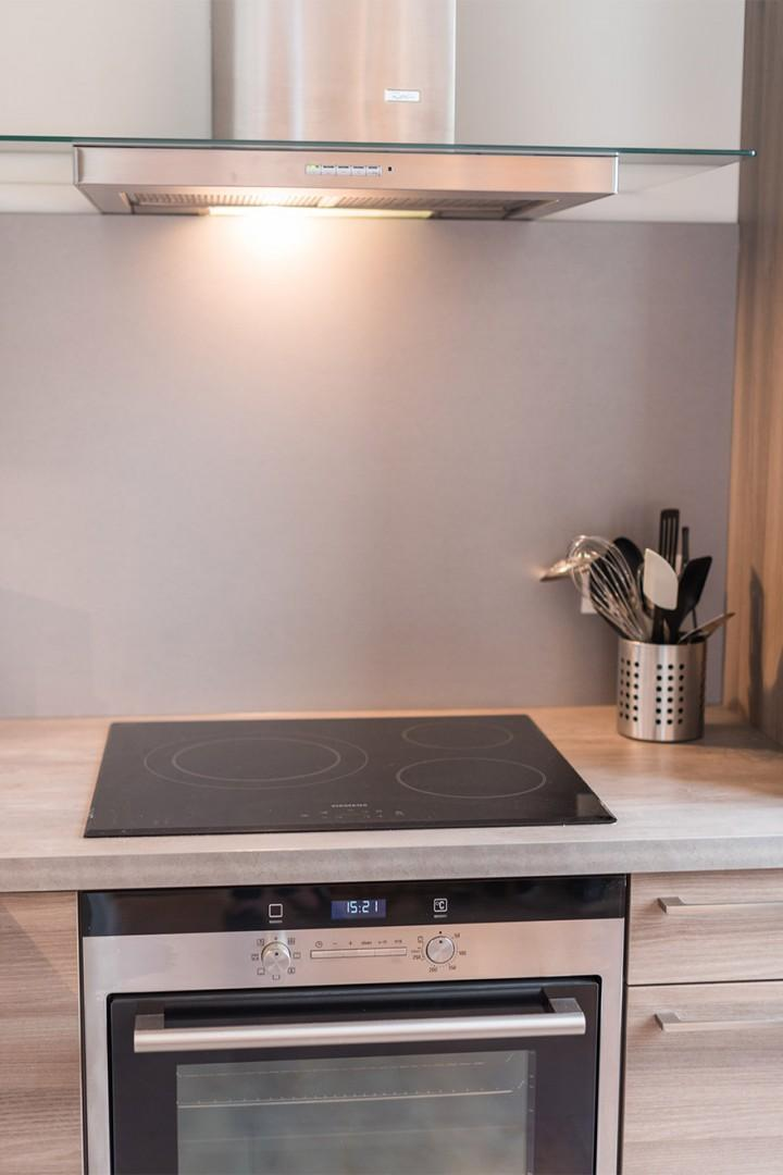 Induction stove top and quality oven
