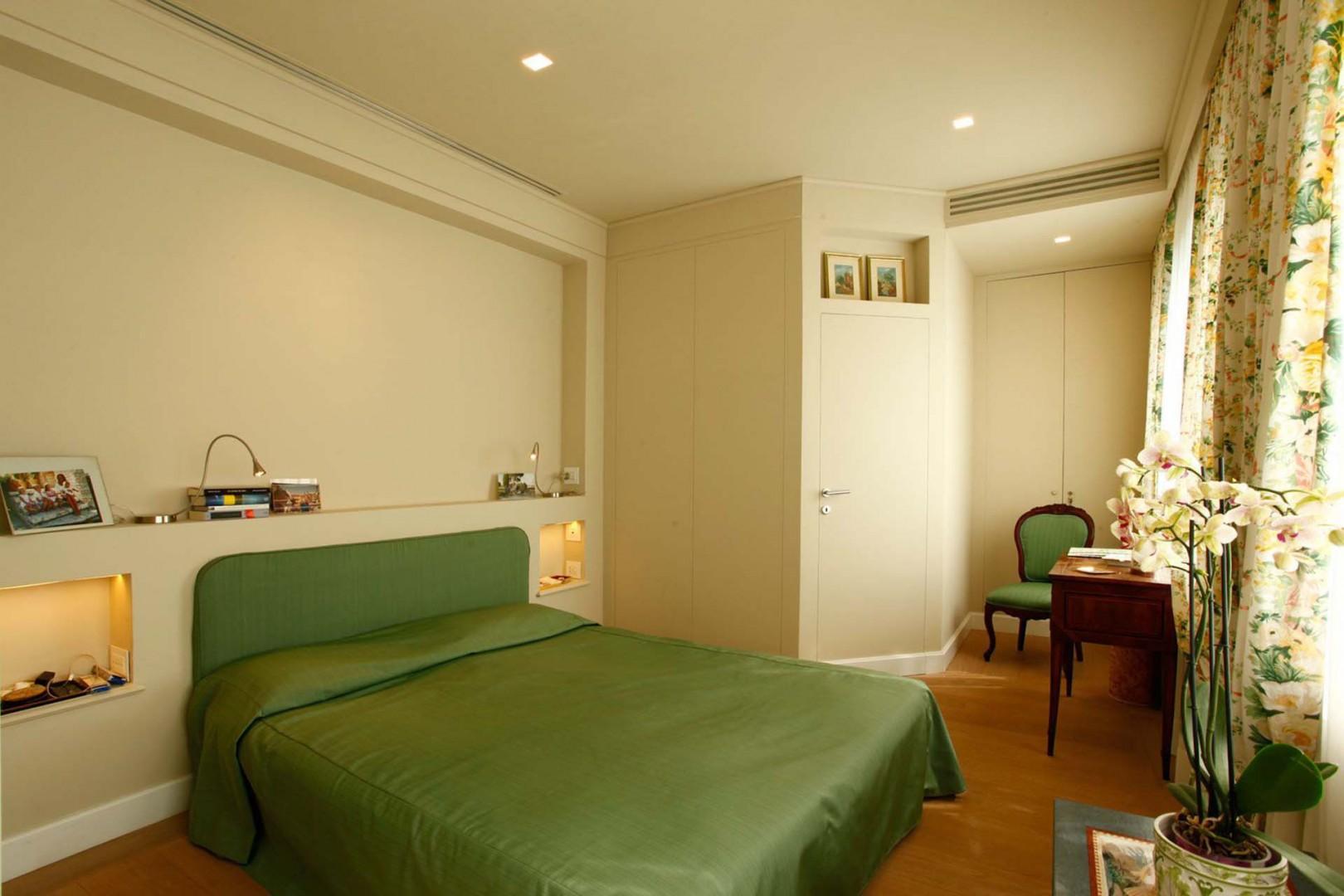 Bedroom 1 with and en suite bathroom.