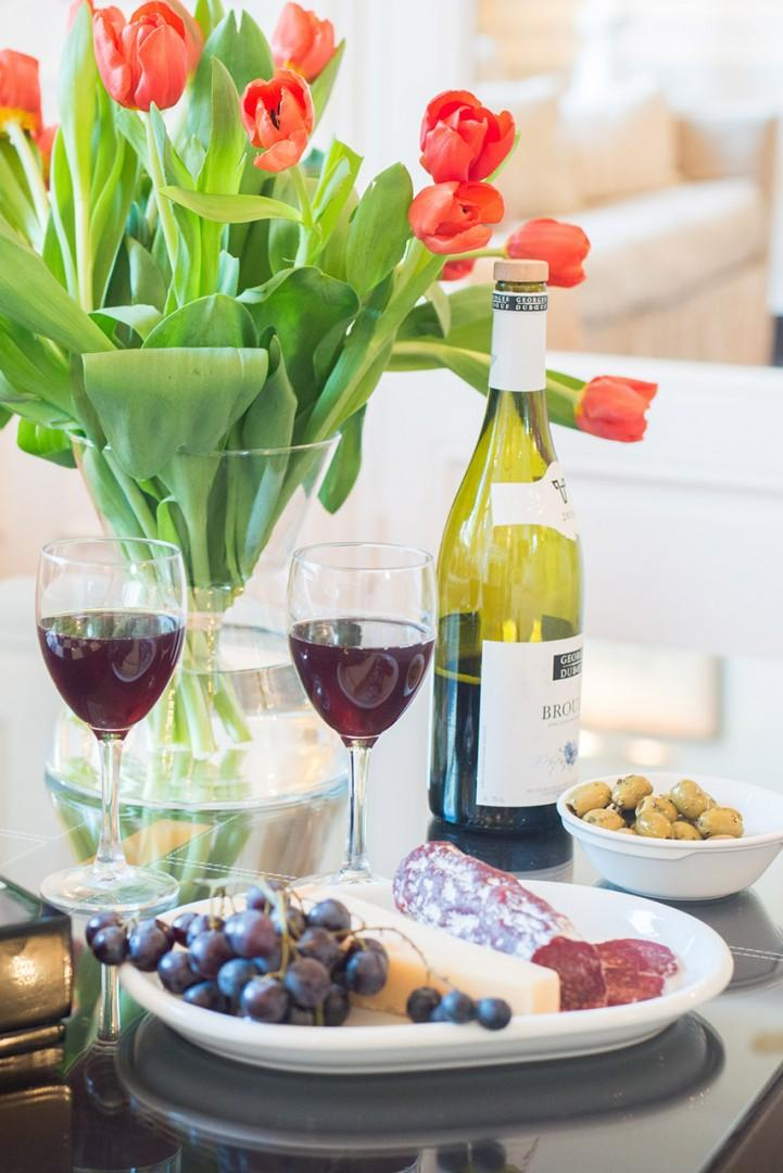 Toast your stay with a French wine!