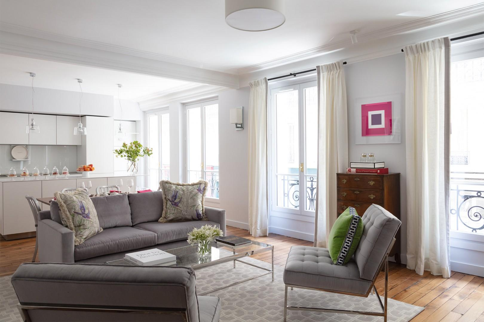 Welcome to the luxurious Saint-Pourcain Paris vacation rental!