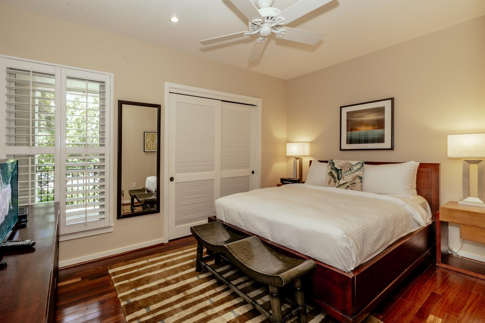 Guest bedroom 1 with a