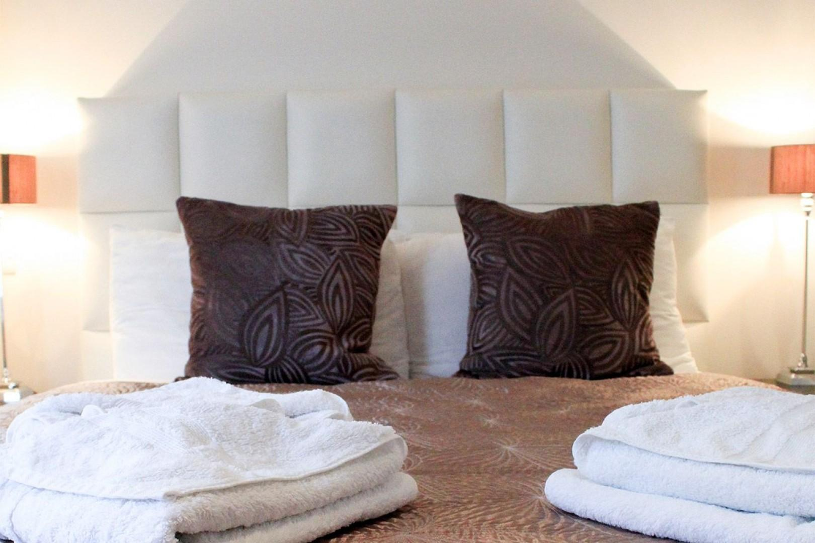 Fall into this cozy bed!