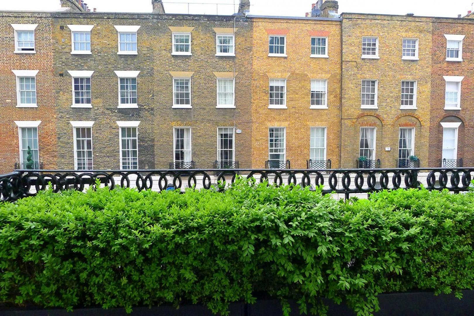 Perfect row of charming London homes in Belgravia