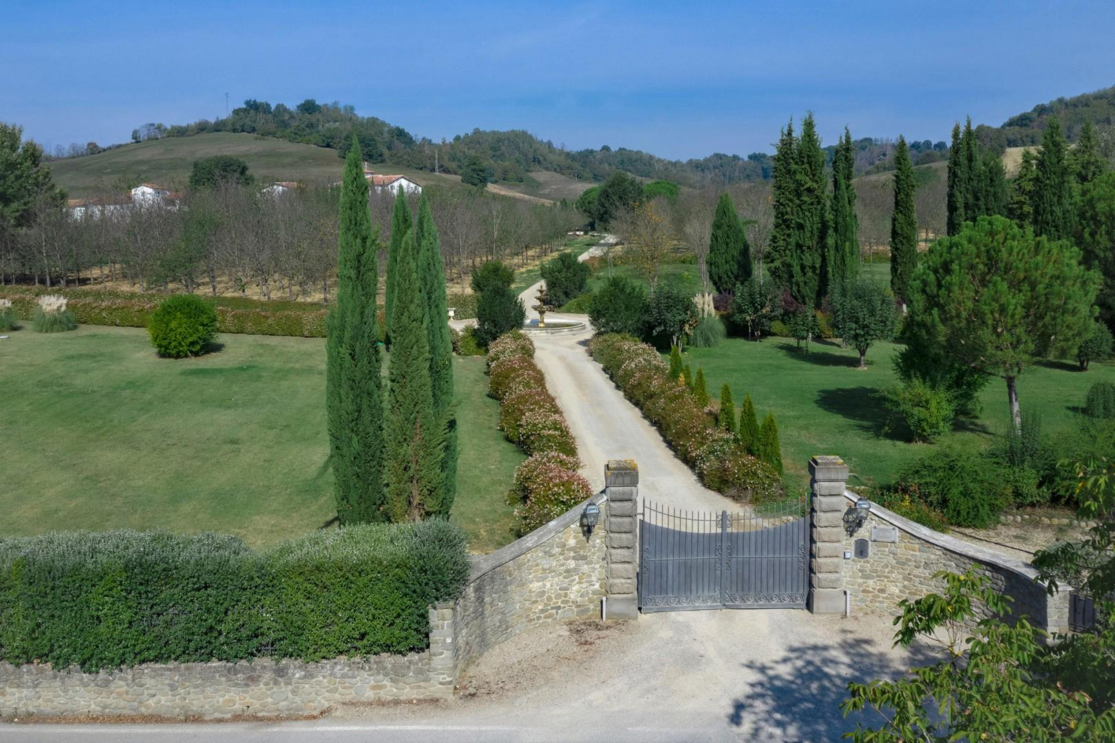 Main gate to the estate. Guests are provided electronic opener.