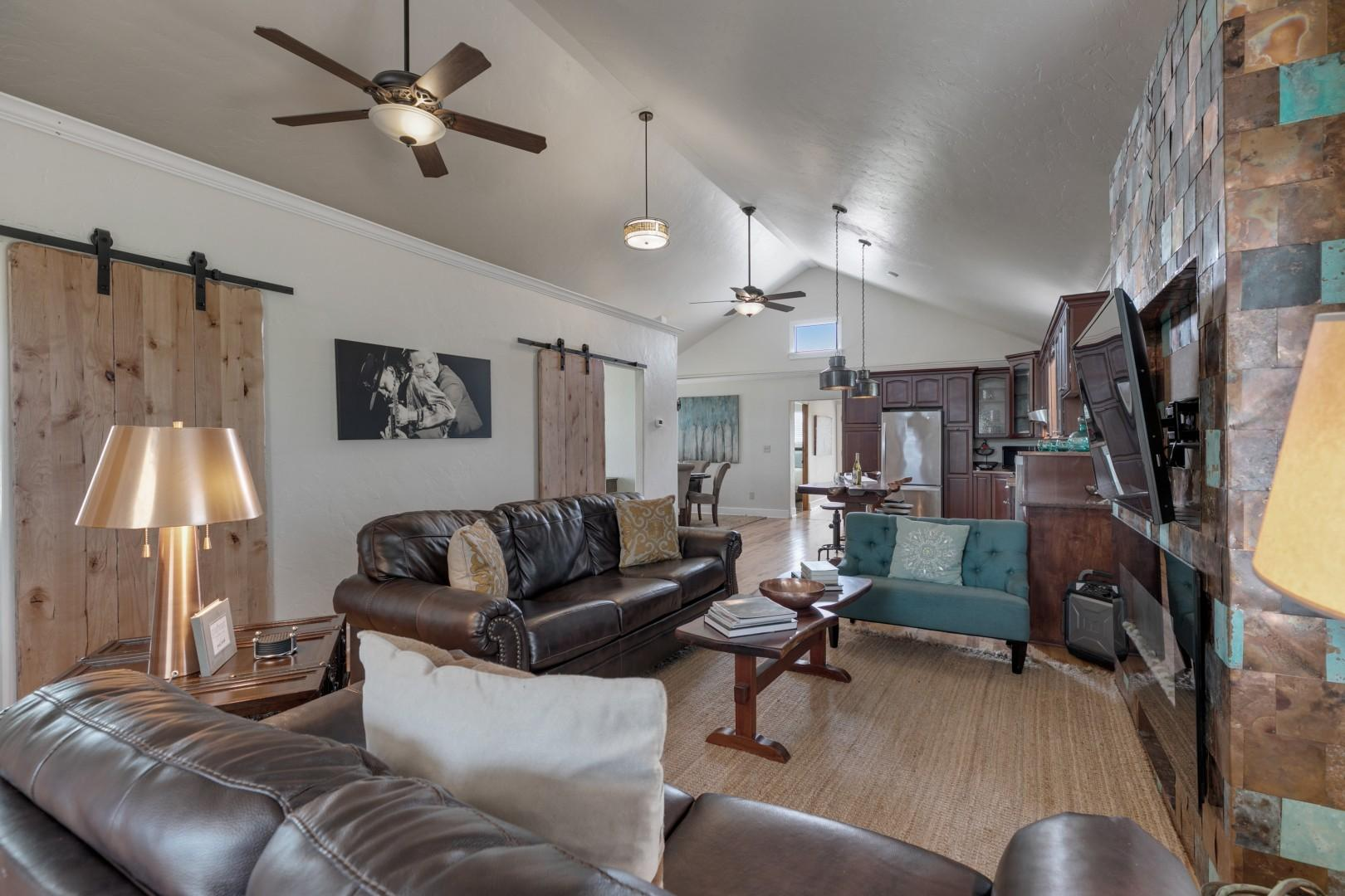 NEW! Gorgeous Home w/Hot Tub&Grill
