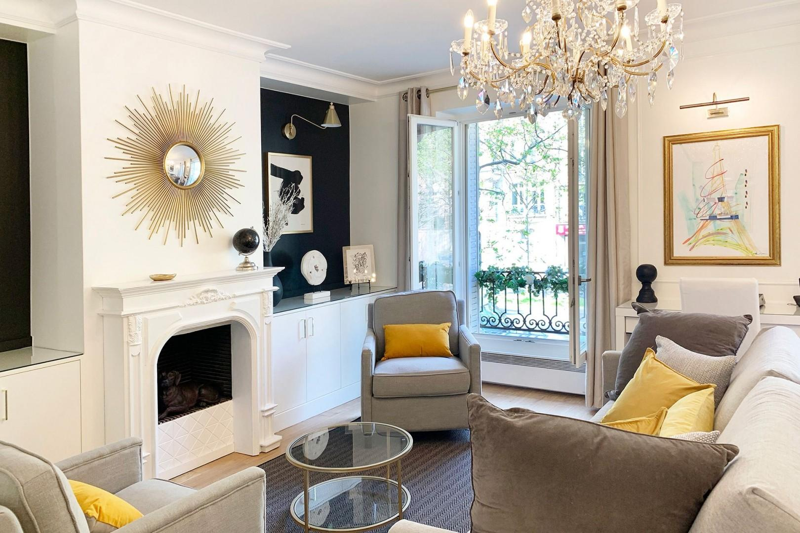 Relax in the stylish, beautifully decorated living room.