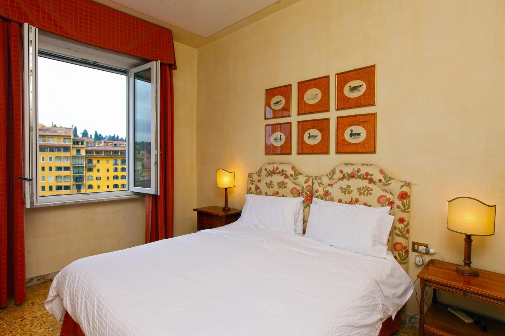 Bedroom 1 has Arno river views. Beds can be prepared together or as two beds.