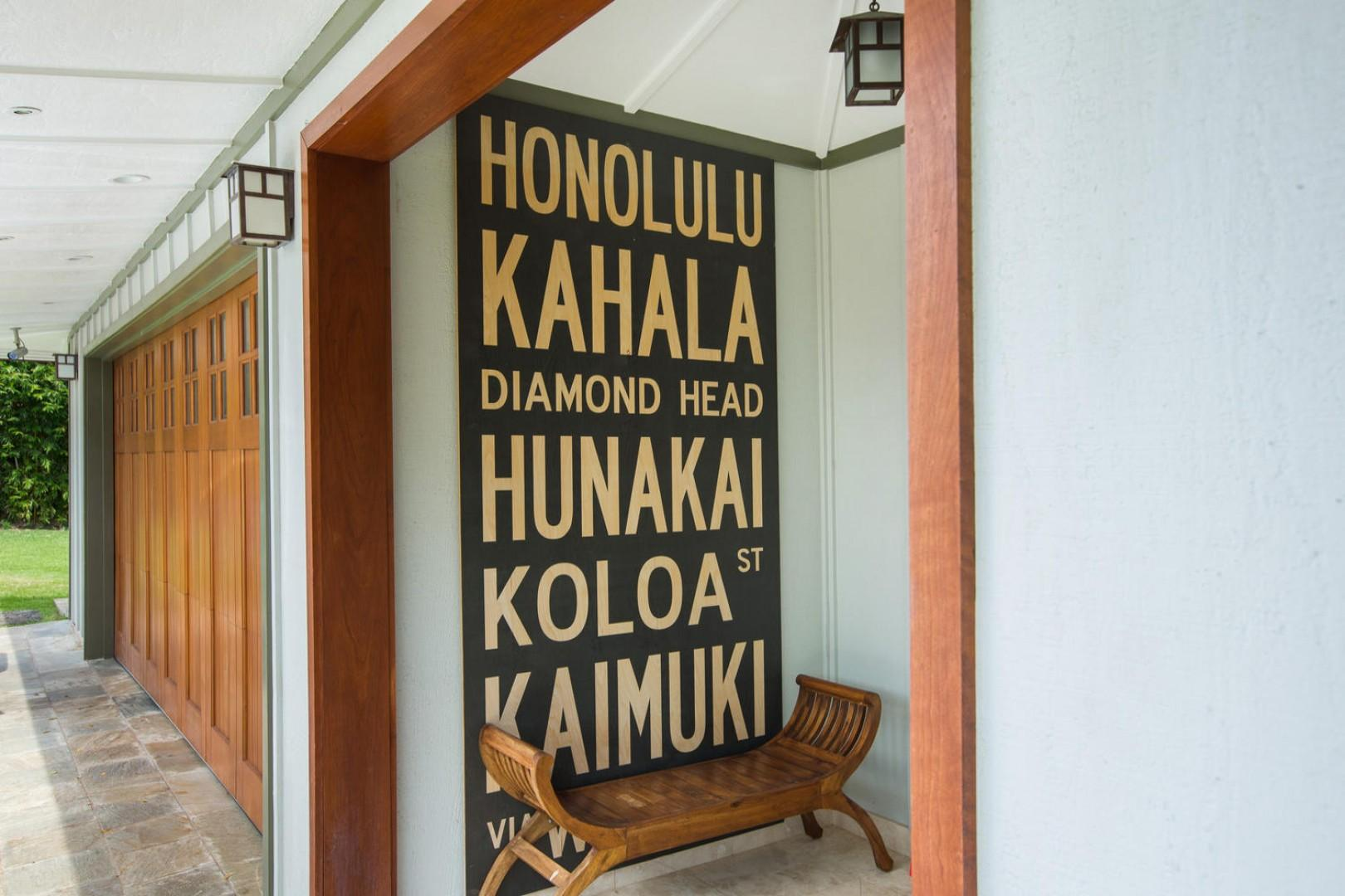 As you enter the villa, you are greeted by beautiful cherry wood finishes and Hawaiian details.