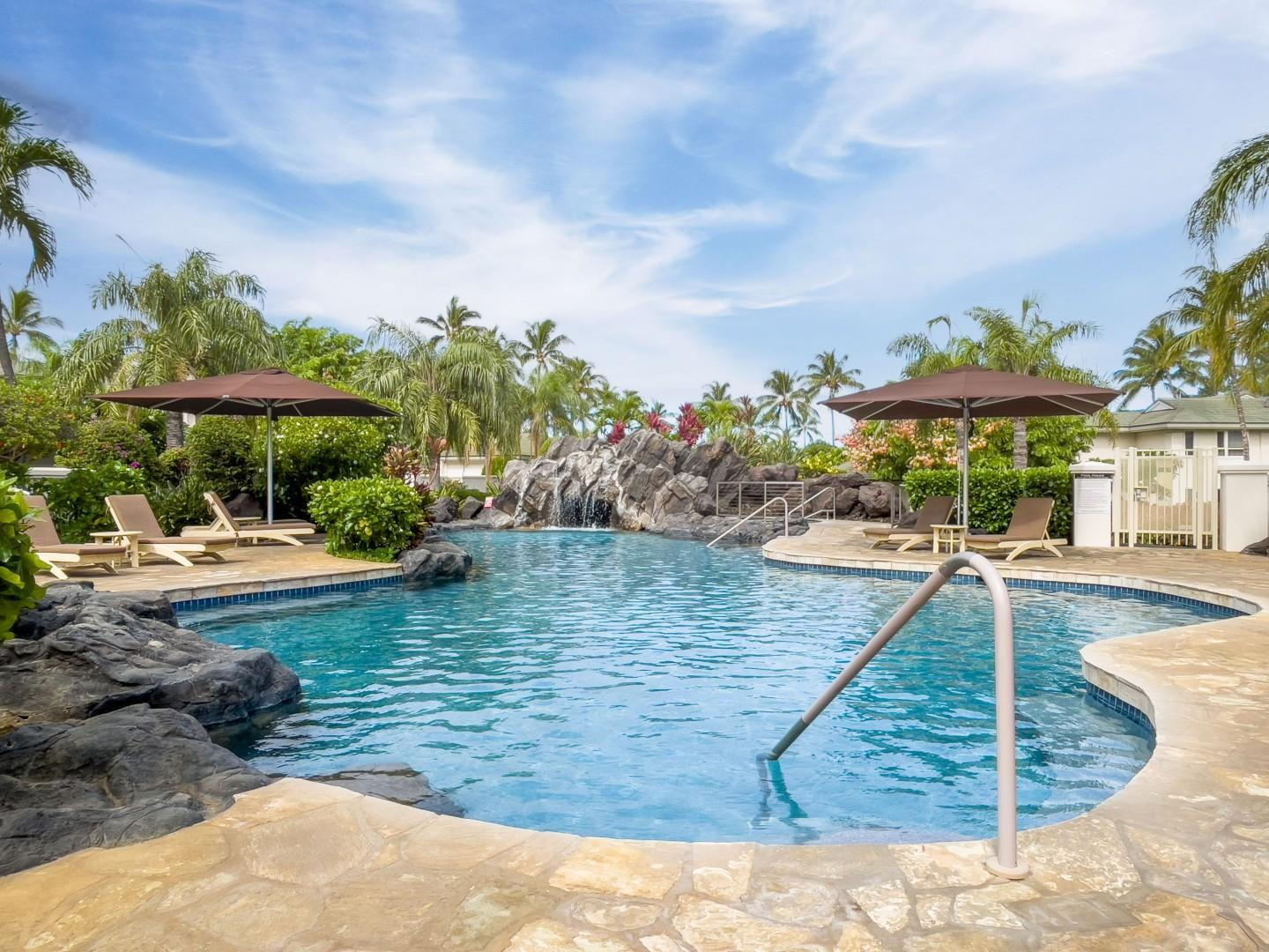 Beautiful Lagoon-Style Pool Just Steps from the Front Door!