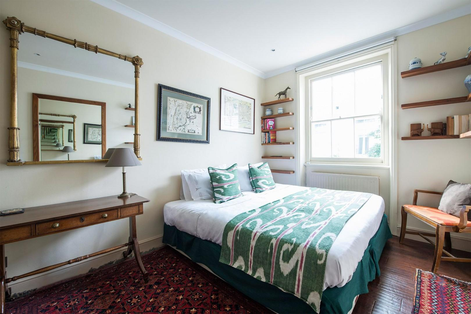Bright second bedroom of the Prince Albert