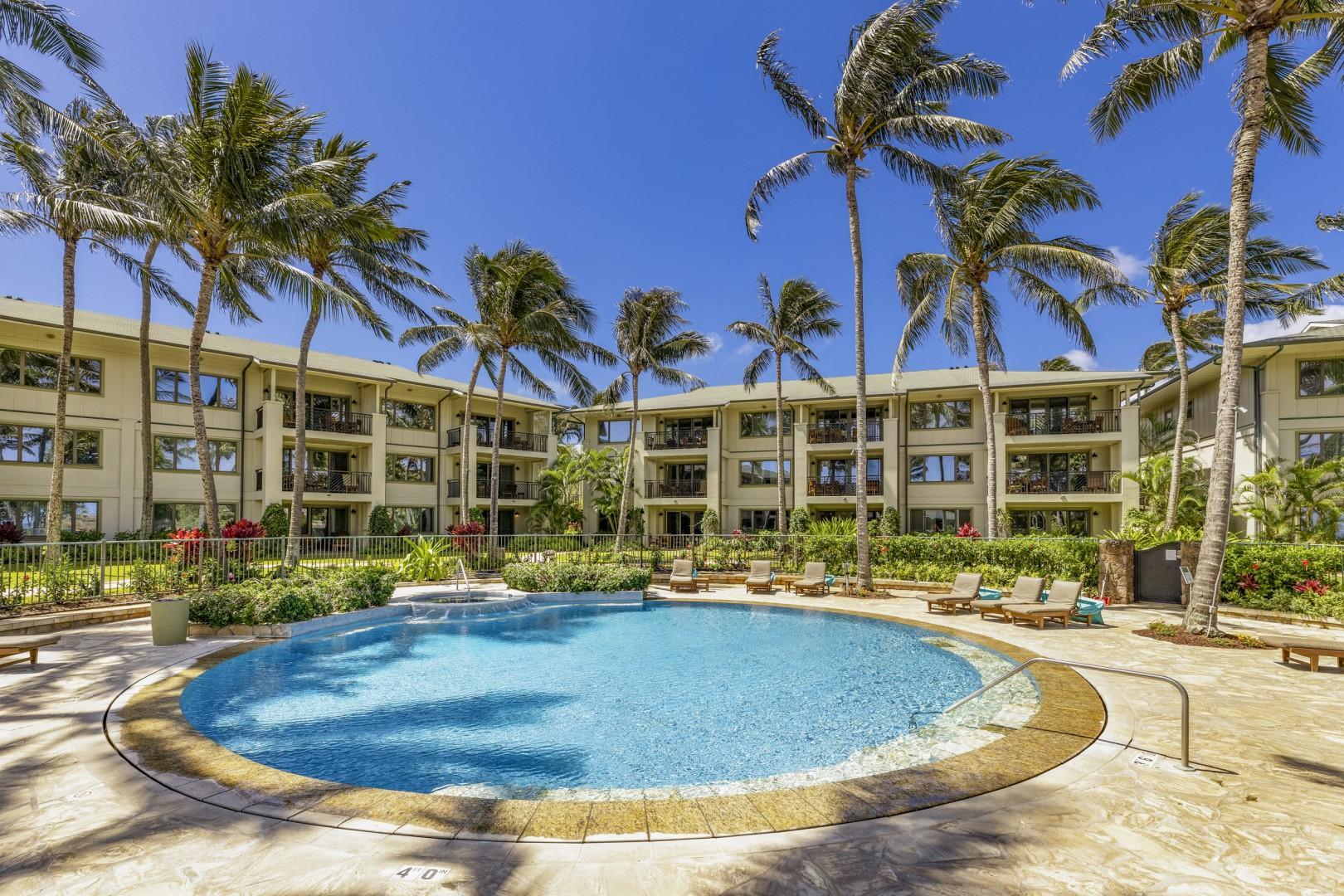 Ocean Villa Pool & Jacuzzi