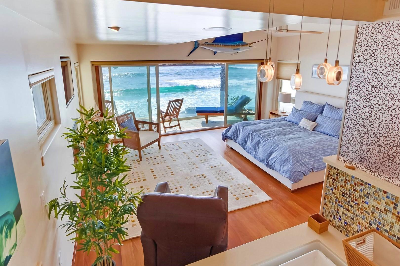 Private oceanfront master retreat
