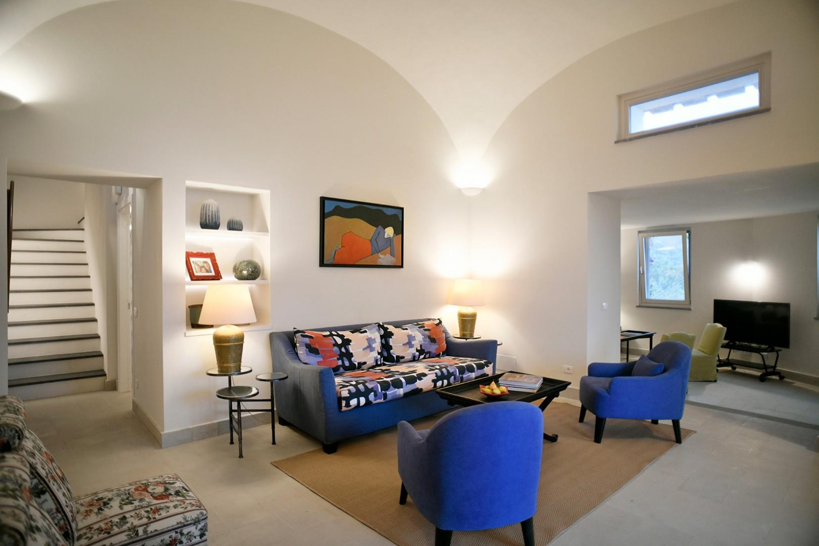Perfect for a group with 3 living room gathering areas.