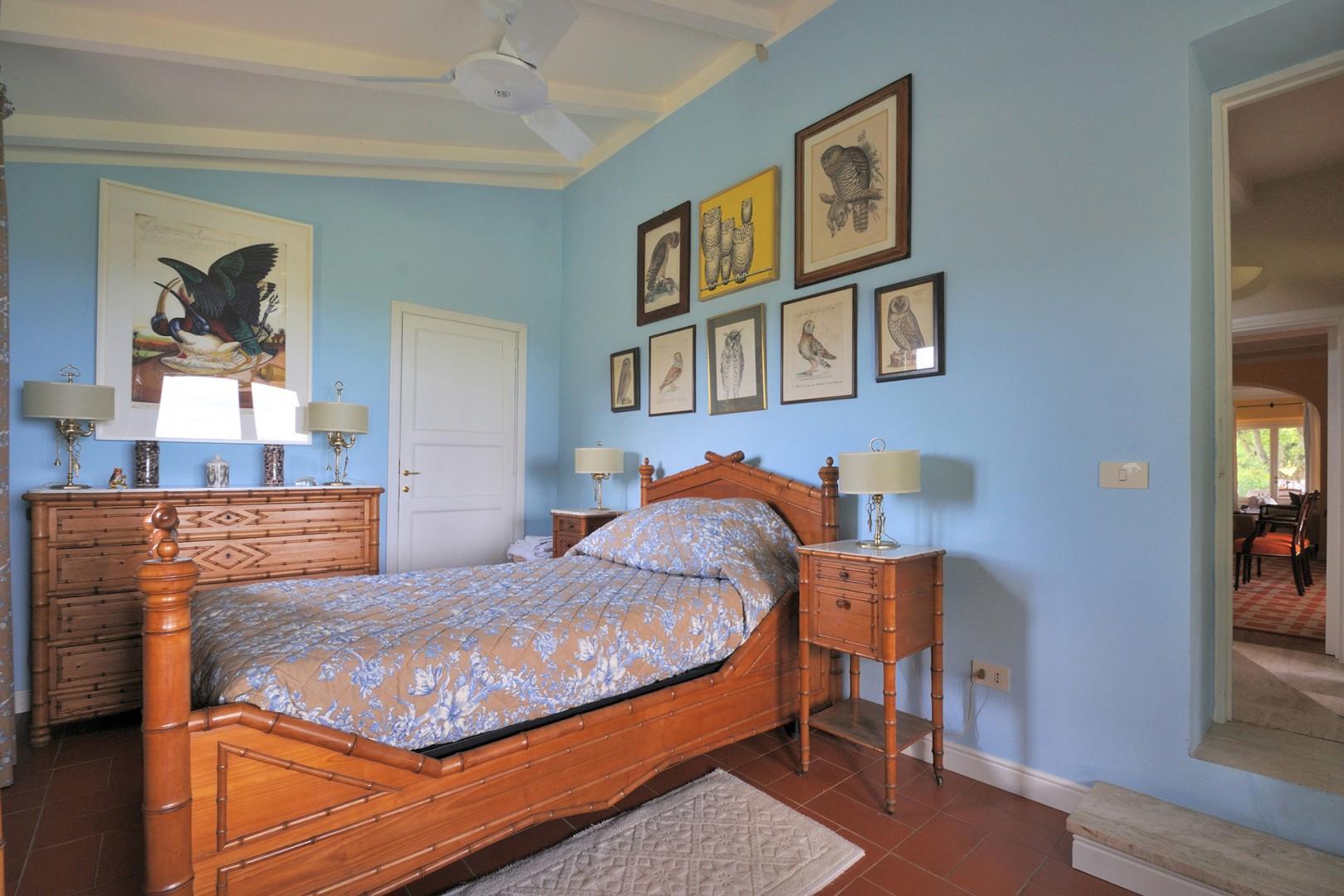 Ground floor bedroom 7 has one bed.