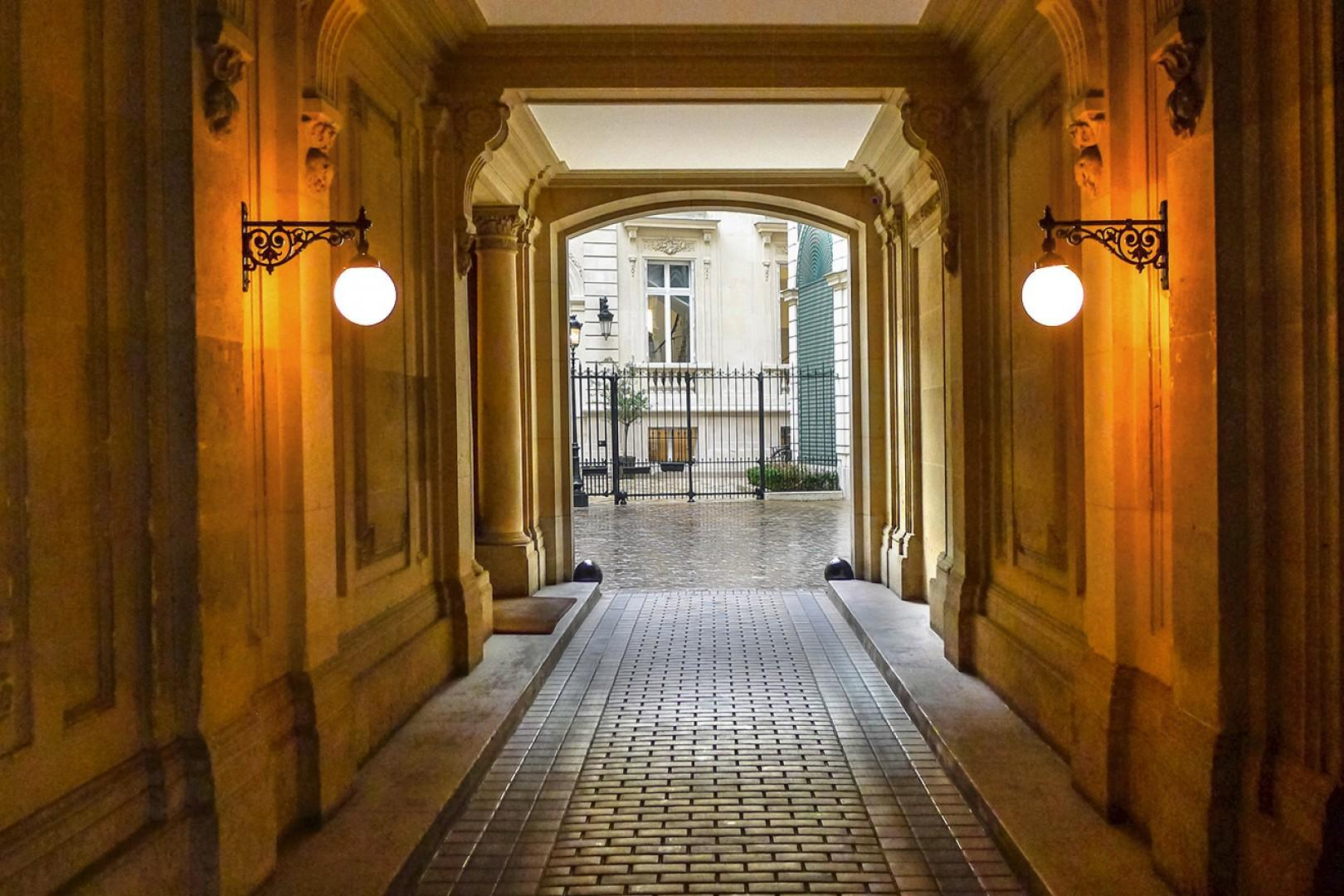 Elegant Haussmann style entrance to the Morgon