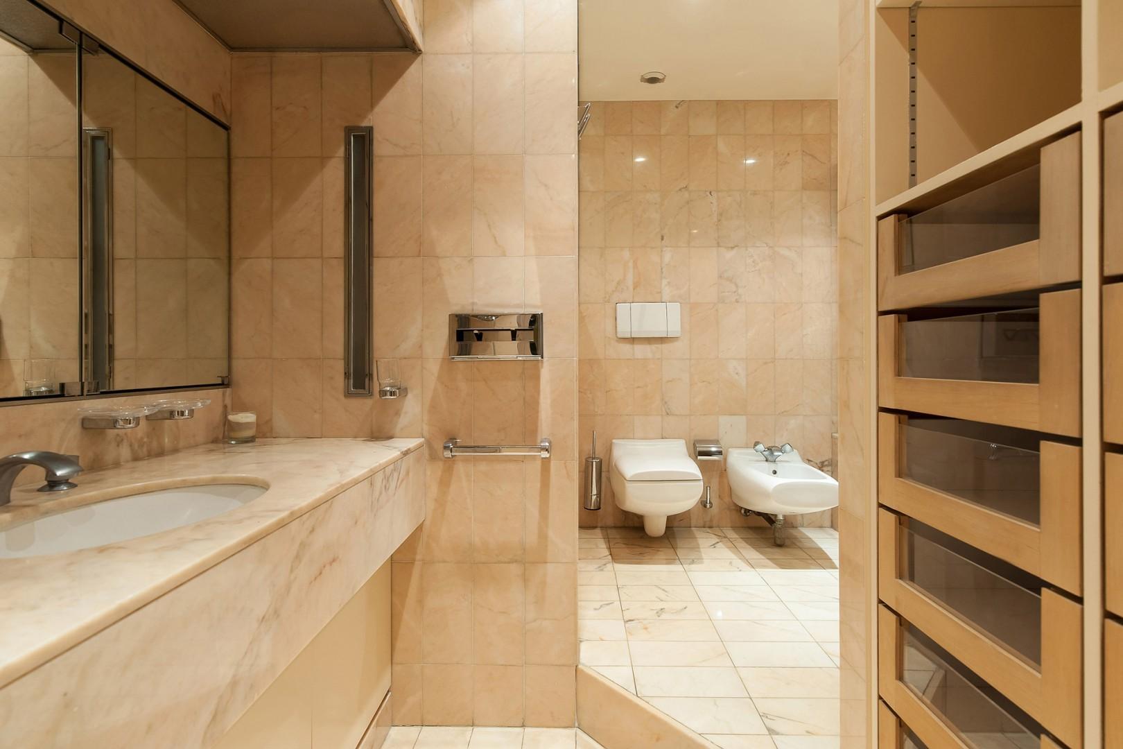 Pamper yourself in the luxurious en suite bathroom.