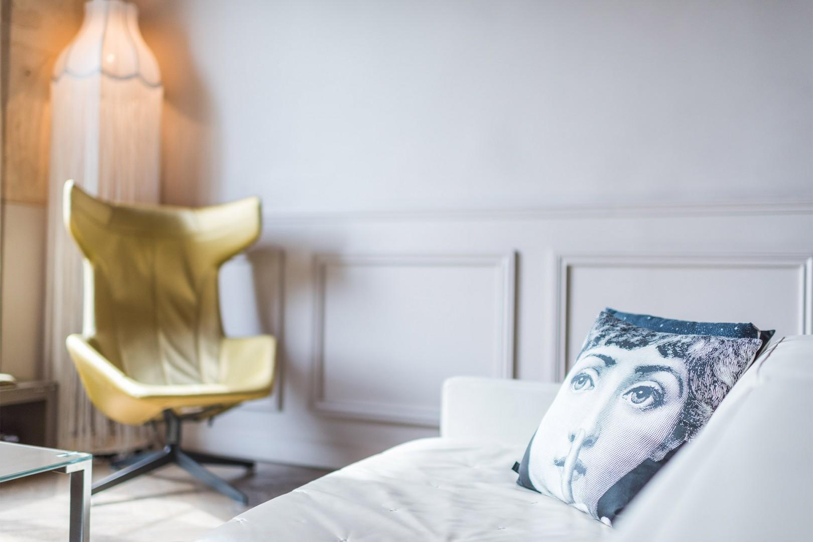 Relax in the stylish Ladoix after a day exploring the city.