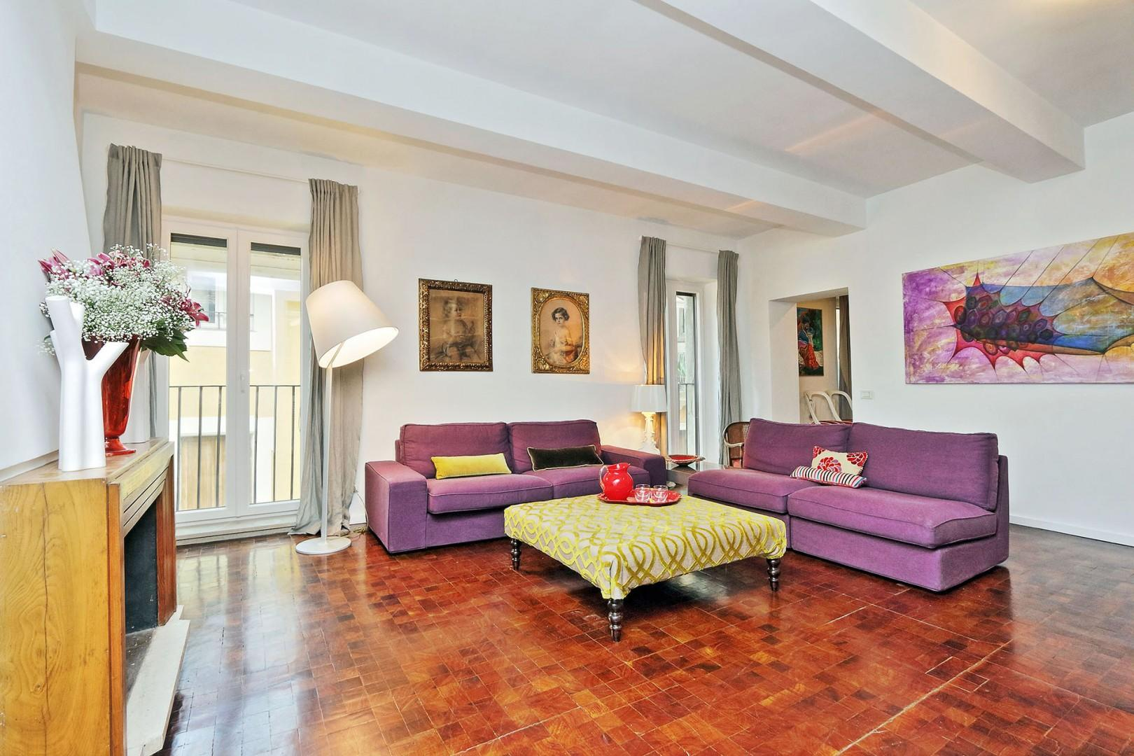 Bright, well appointed and inviting Viola apartment living room.