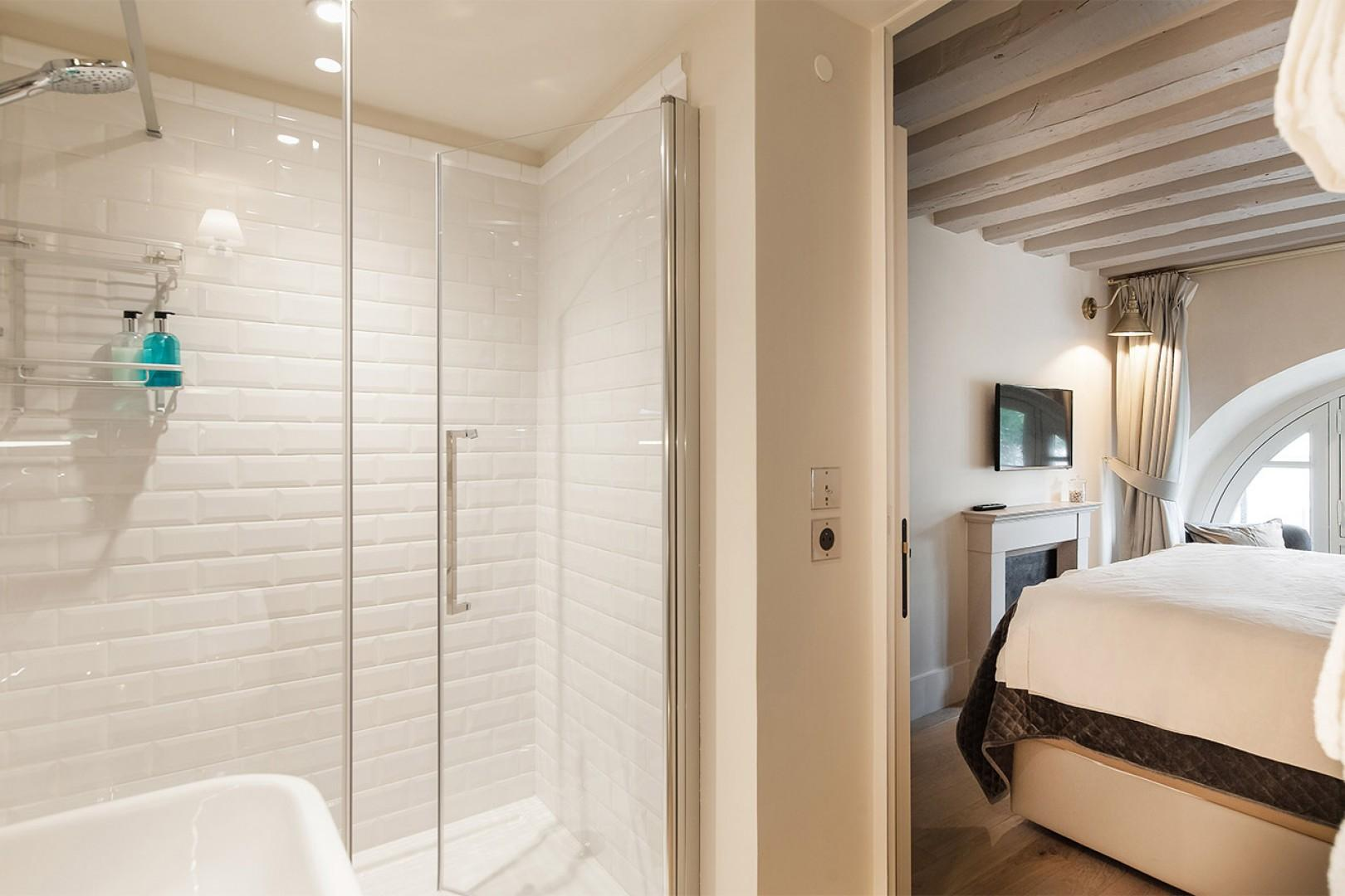 Lather up in this pristine shower.