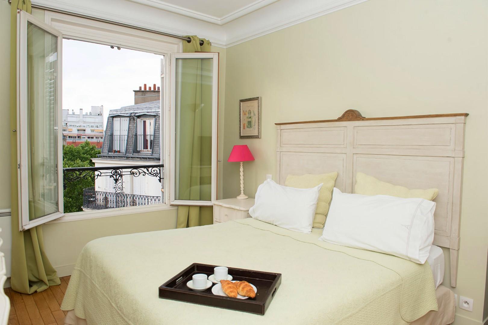 Enjoy French breakfast in bed in charming bedroom 1