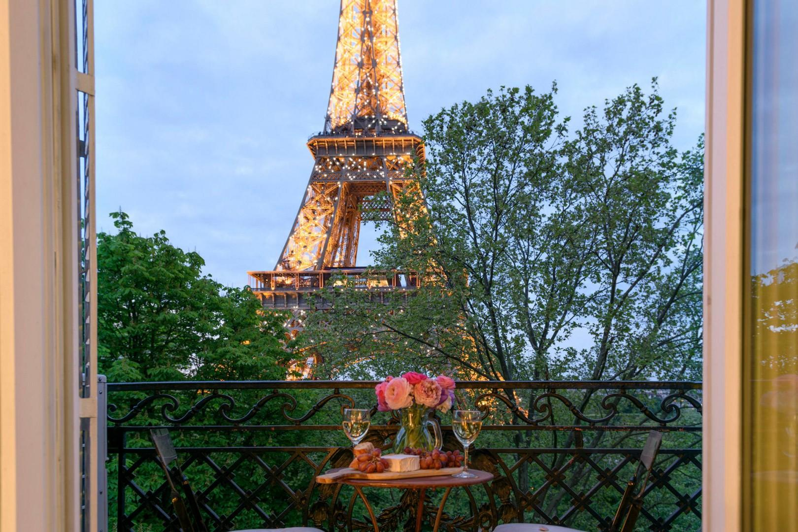 Watch the Eiffel Tower sparkle at night from your window!