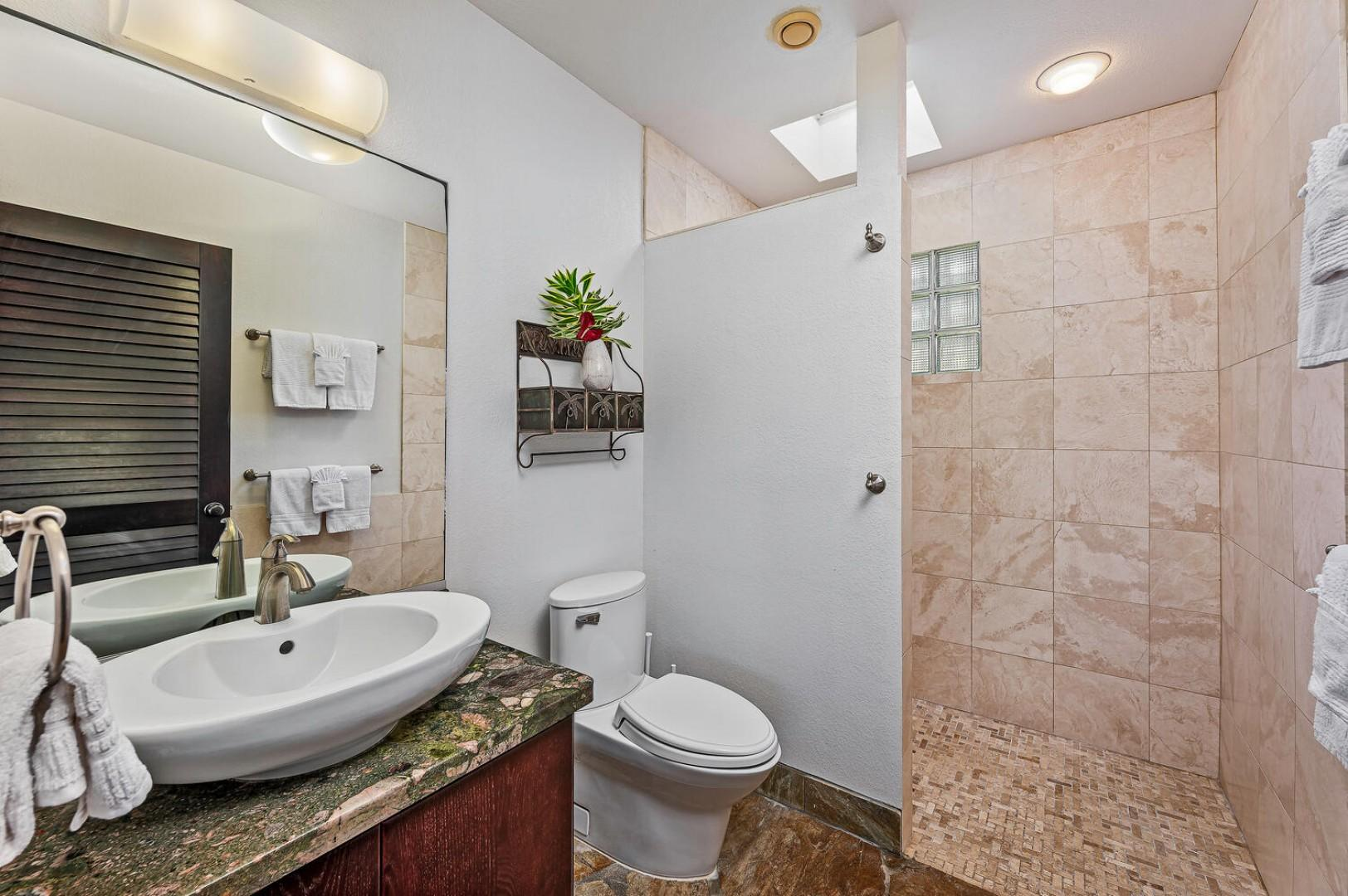 Lanai/Pool bathroom