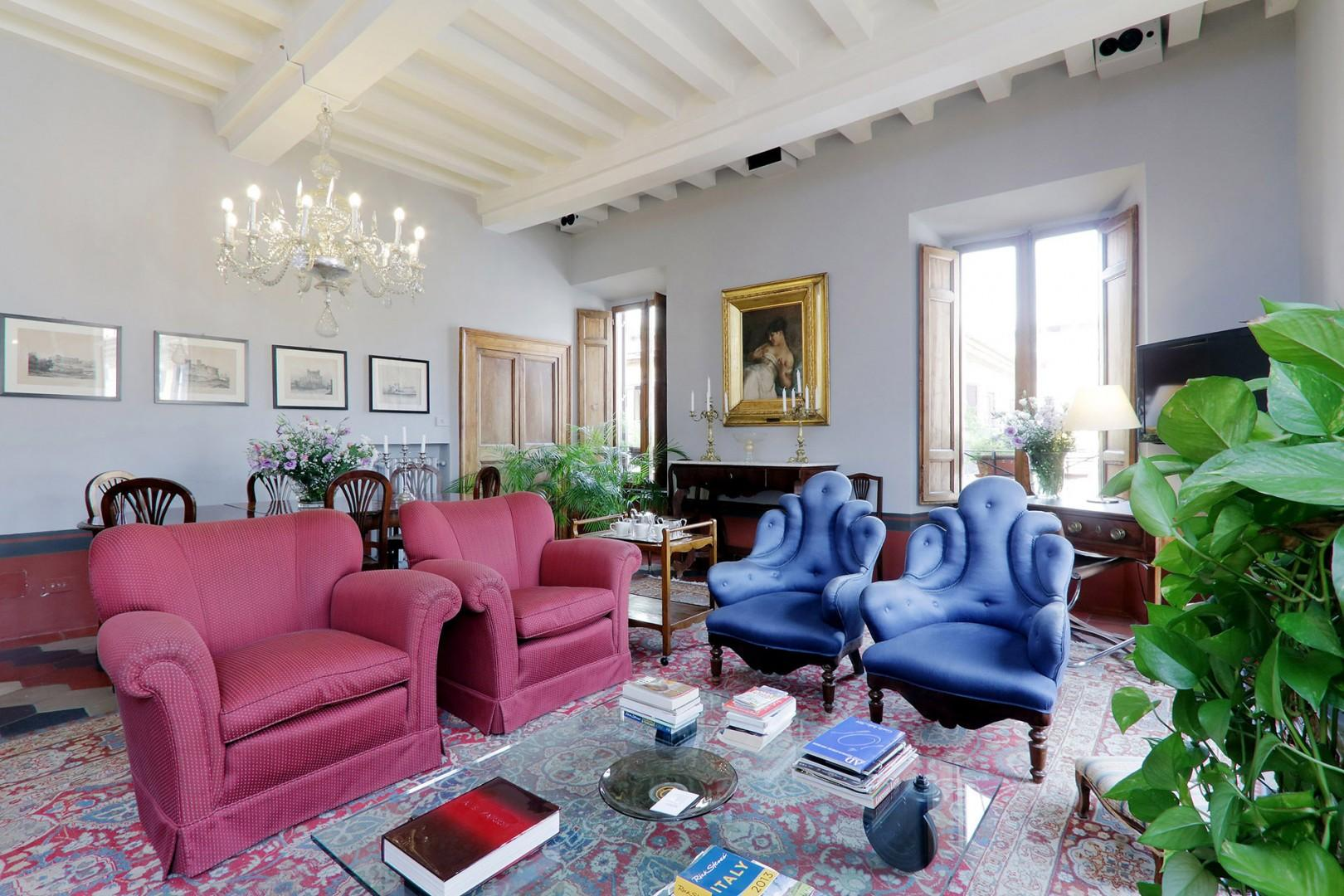 Enjoy the best that Rome has to offer, in one of the finest upscale streets in Rome's center.