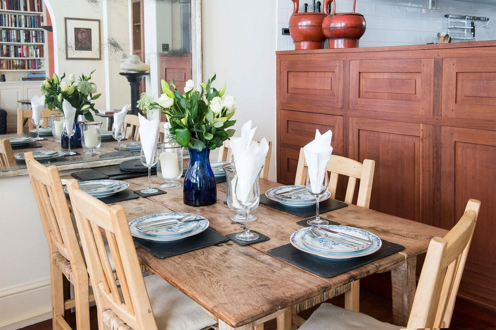Set an elegant table for your next London dinner party