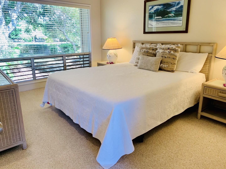 Master/king bedroom
