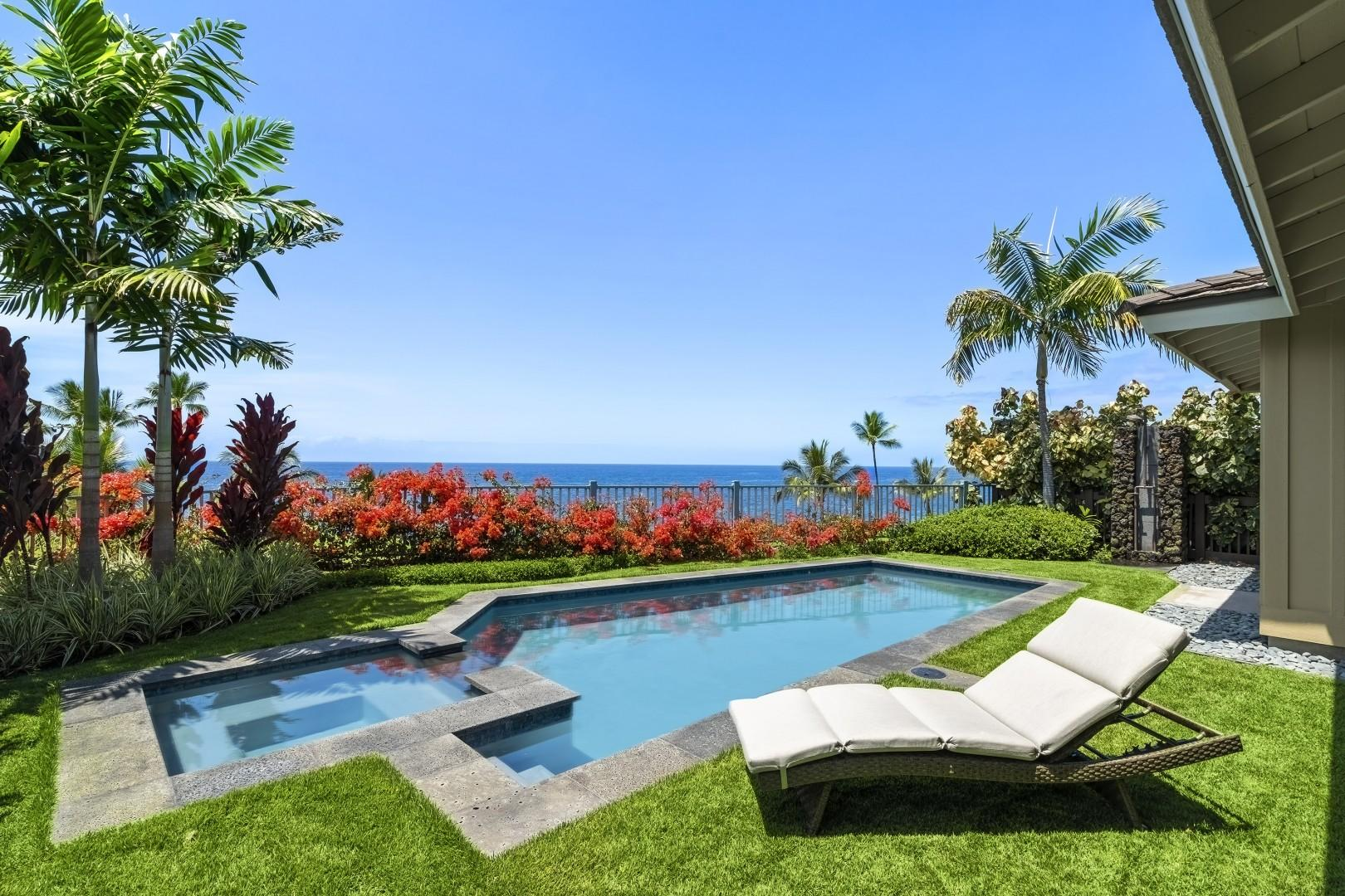 Private saltwater pool & spa!