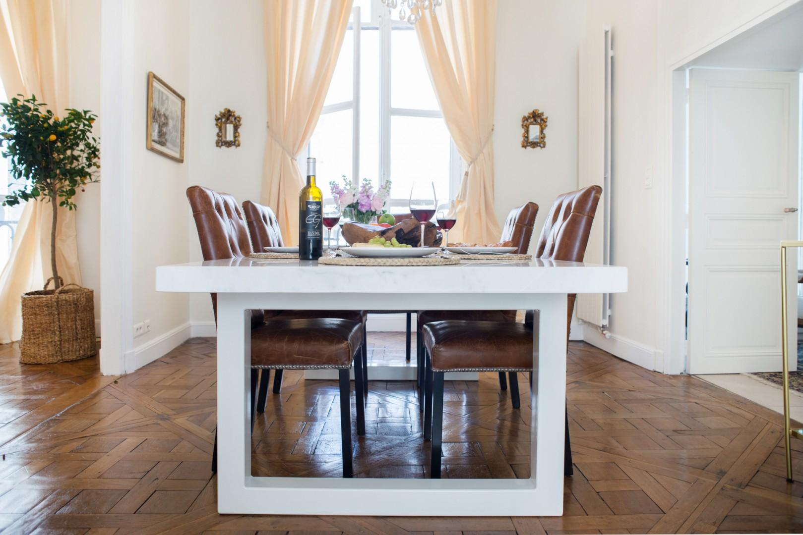 Enjoy meals in the gorgeous dining room with plenty of space to entertain.