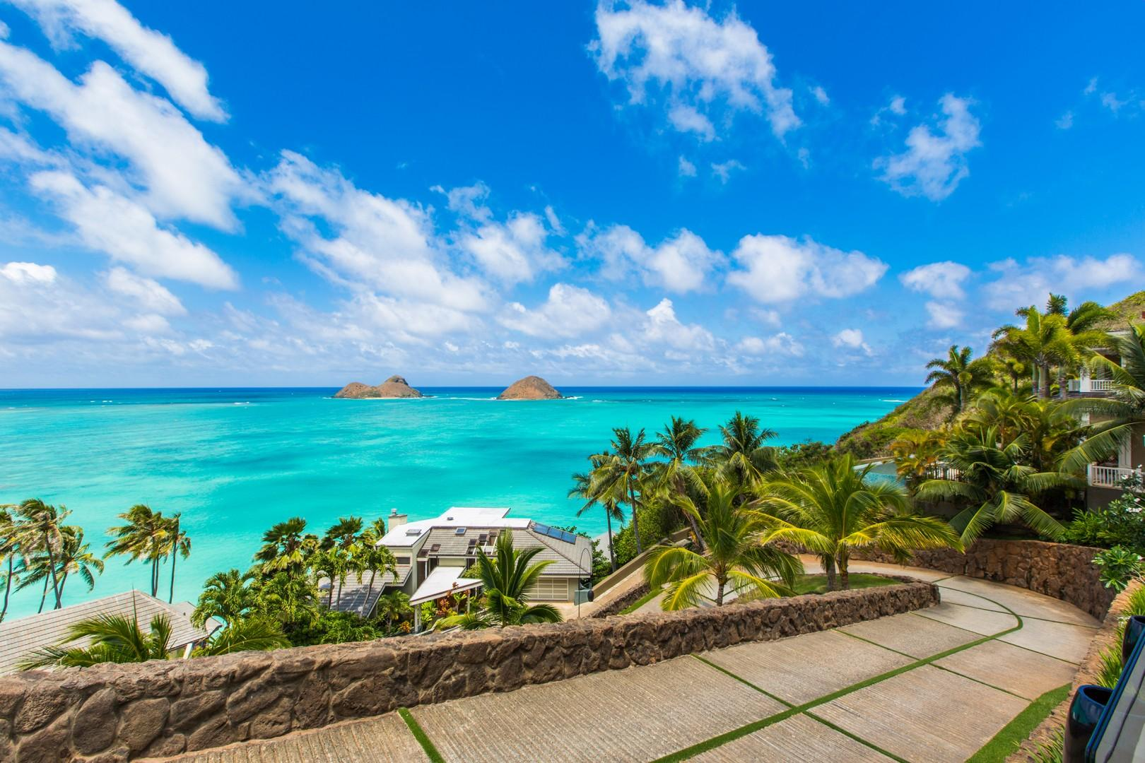 Views of the Mokulua Islands as you drive up to the estate