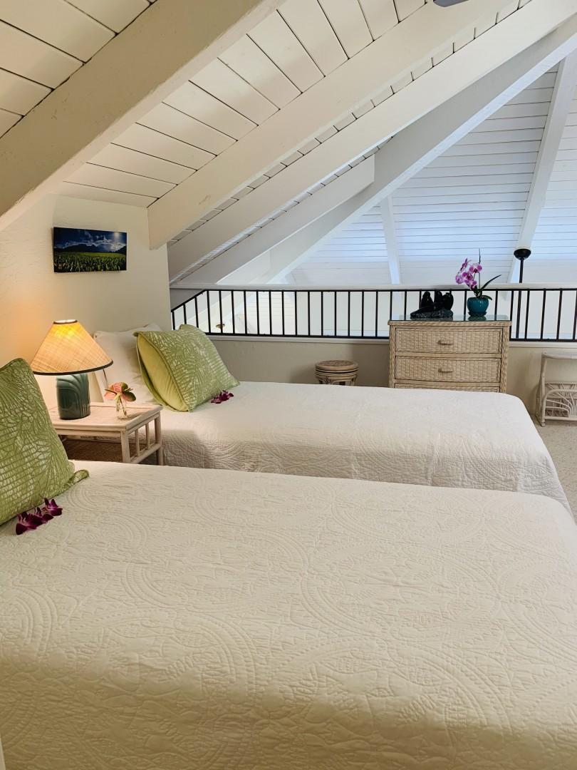 twin loft bedroom