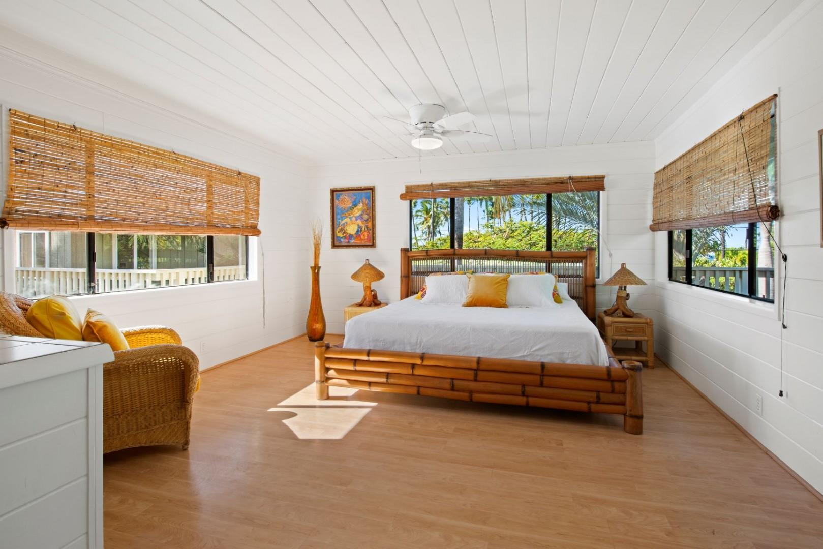 13 Confromtable King size bed with private lanai
