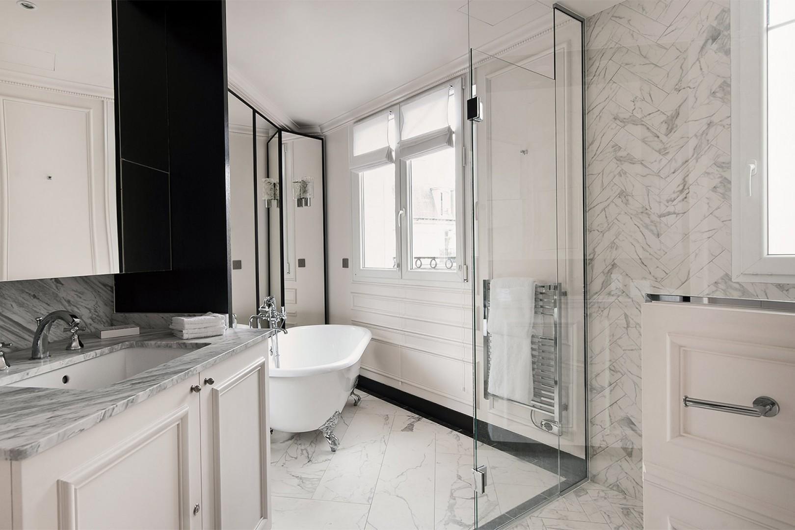 Elegant marble throughout bathroom 1