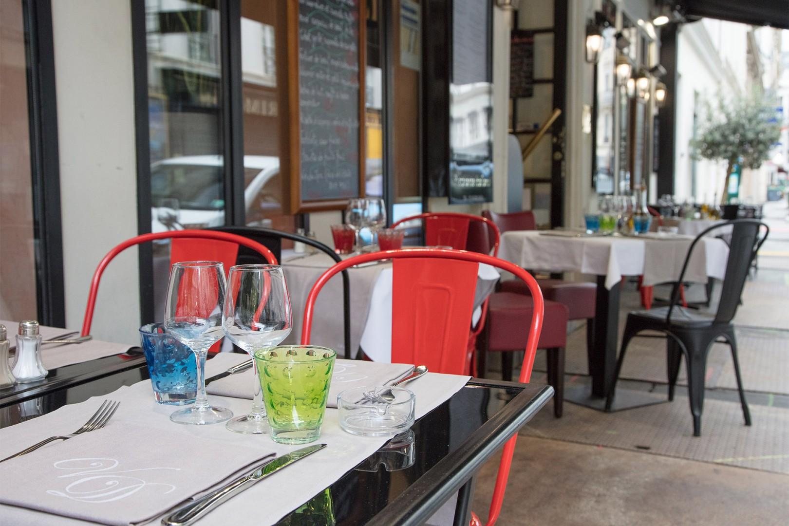 There are many lovely cafes and restaurants near the apartment.