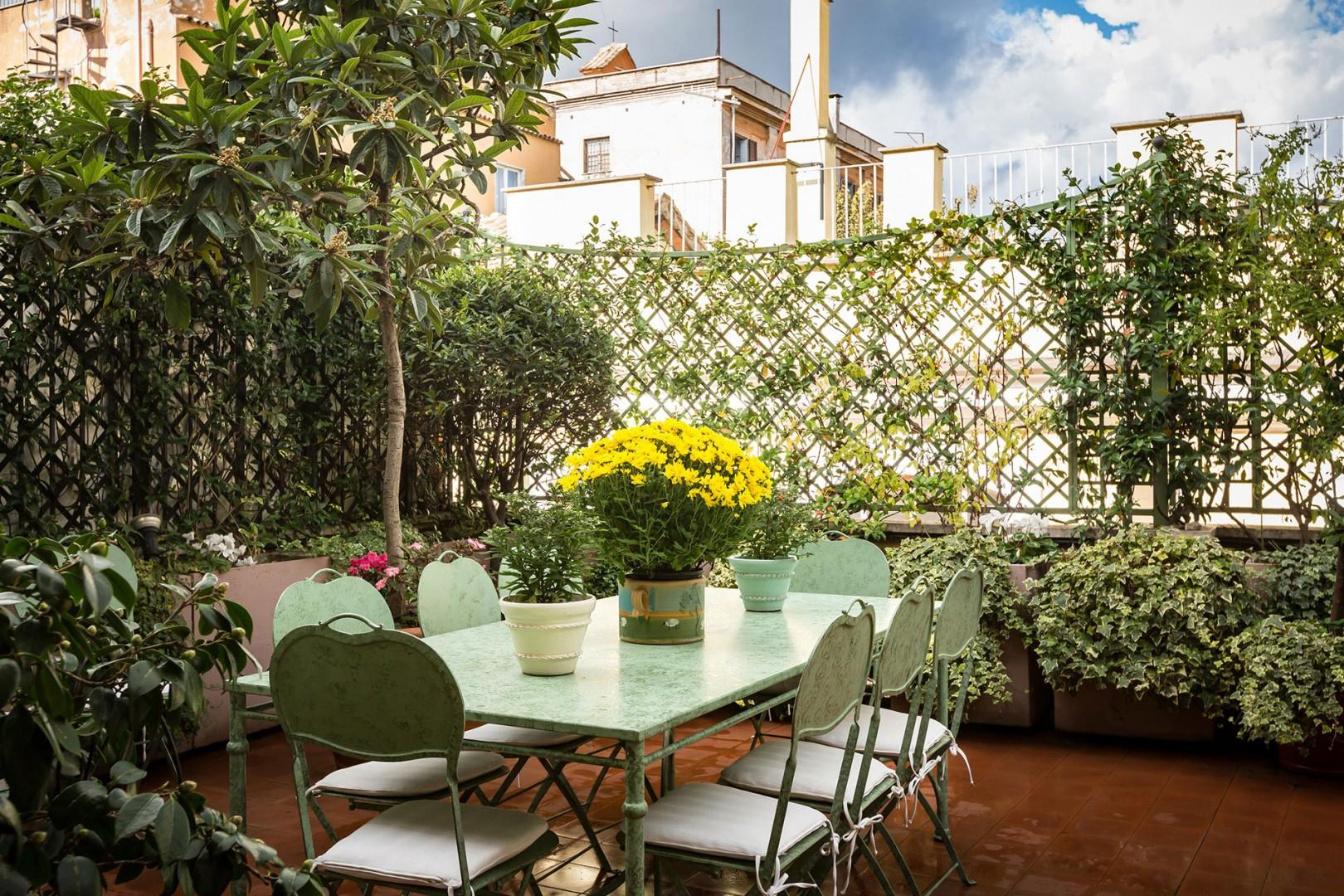 A pleasant morning on the terrace is extended with the awning that brings shade in warm weather.
