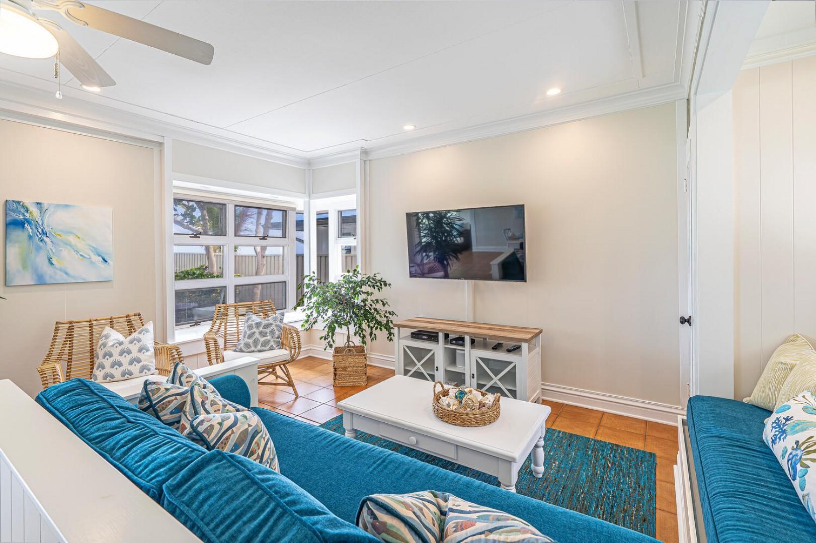 Lanikai Seashore TV Room