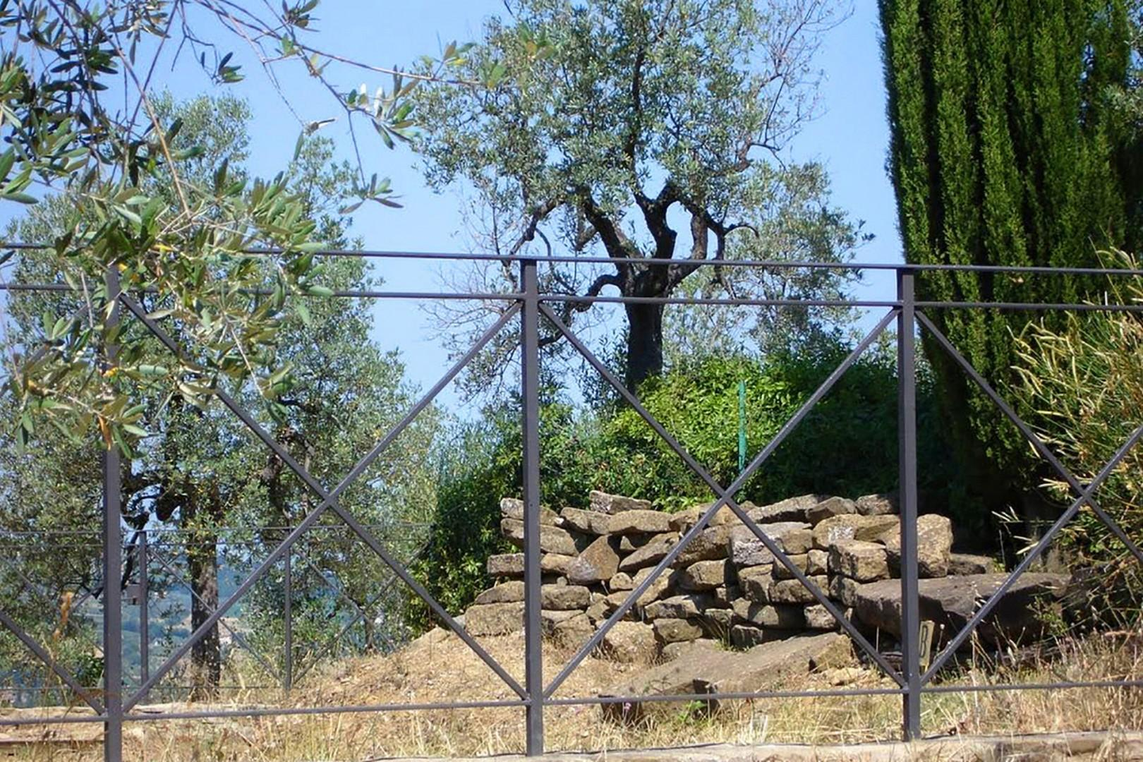 The Tomb of the Archers is in ruins but there is find a reconstruction of the ancient Etruscan tomb.