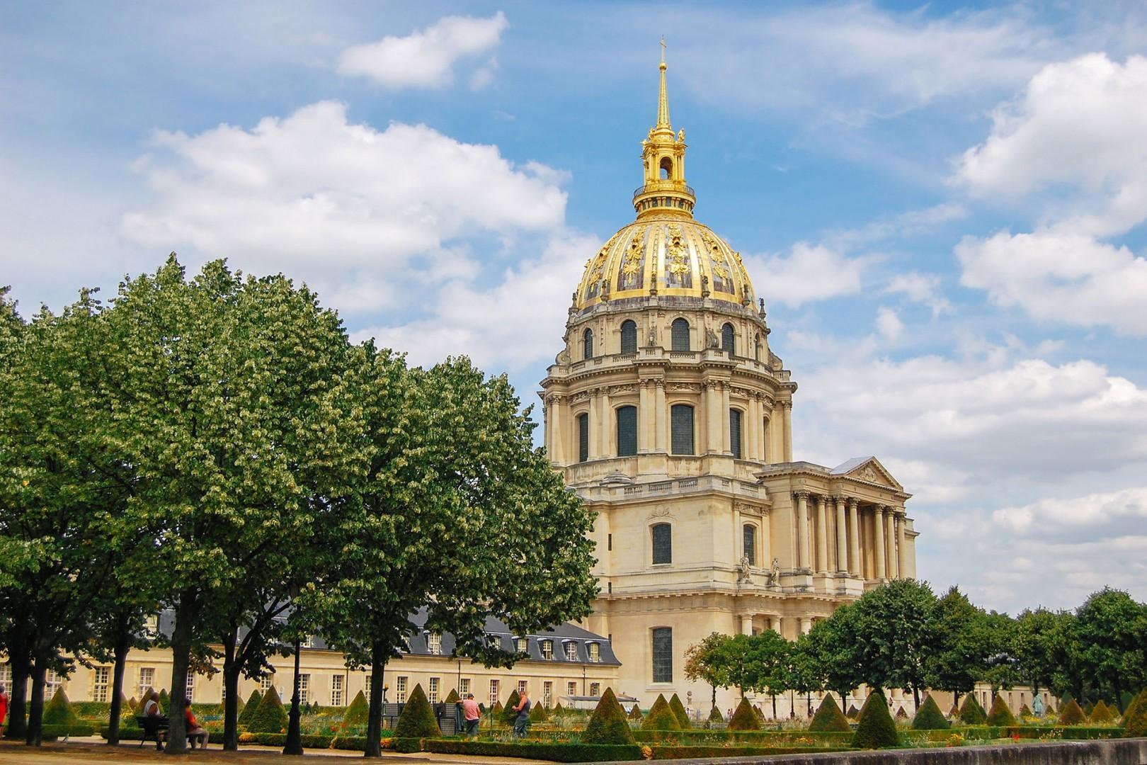 12-invalides-gold-dome